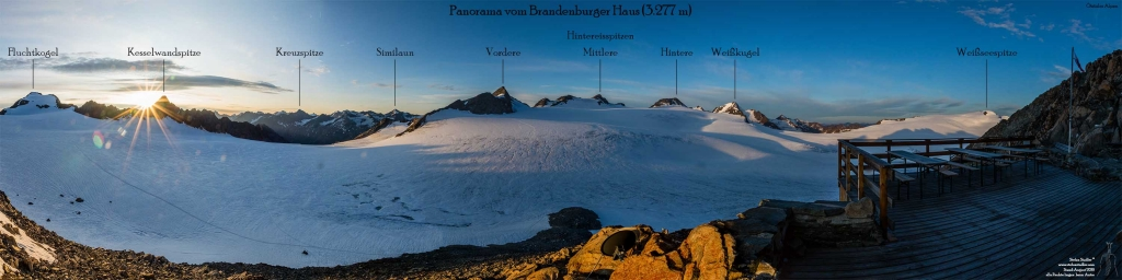 Blick über den Geptatschferner zu den Gipfeln